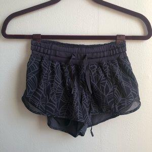 lululemon Hotty Hot shorts size 2